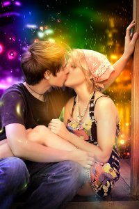 colorful_portrait_of_young_lovers_by_karitraa-d5up5xz
