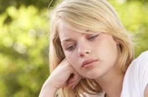 girl-teen-sad-depressed-lonely-stressjupiter