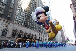 Macys-thanksgiving-Day-Parade-Mickey