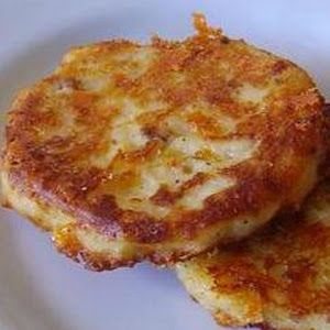 Bacon cheddar potato cakes