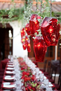 beautiful-hanging-red-floral-glass-chandelier-lighting-for-outdoor-christmas-table-ideas