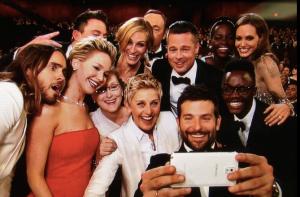 Ellen-DeGeneres-Vashti-Quiroz-Vega-selfie-Oscars