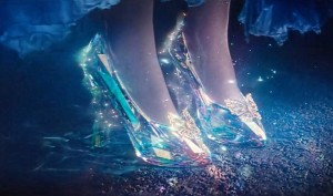 Cinderella_costume_shoes_glass slippers_movie
