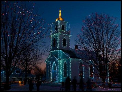 Christmas-lights-holiday-church