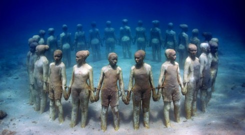 underwater-museum-mexico-The Writer Next door-Vashti Q-Poetry-haiku