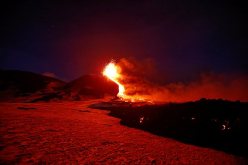 volcano-hell-The Writer Next Door-RonovanWrites-Vashti Q-Haiku-Poetry