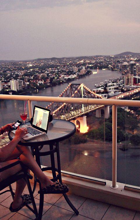 dream_writing_spaces-The Writer Next Door-Vashti Q-writing-Poetry-Haiku_Friday-Vashti QuirozVega-Pinterest